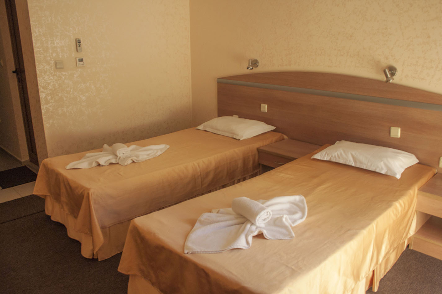 Double bed room hotel Zeus Pomorie